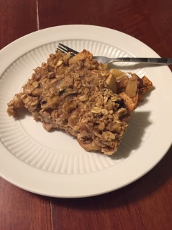 apple-crisp-baked-oatmeal